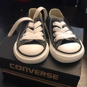 NEW Infant Low Top Converse Sneakers